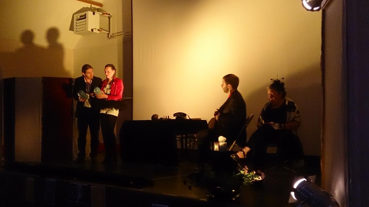 Spectacle de fin d'année atelier théâtre 2016 Sigloy